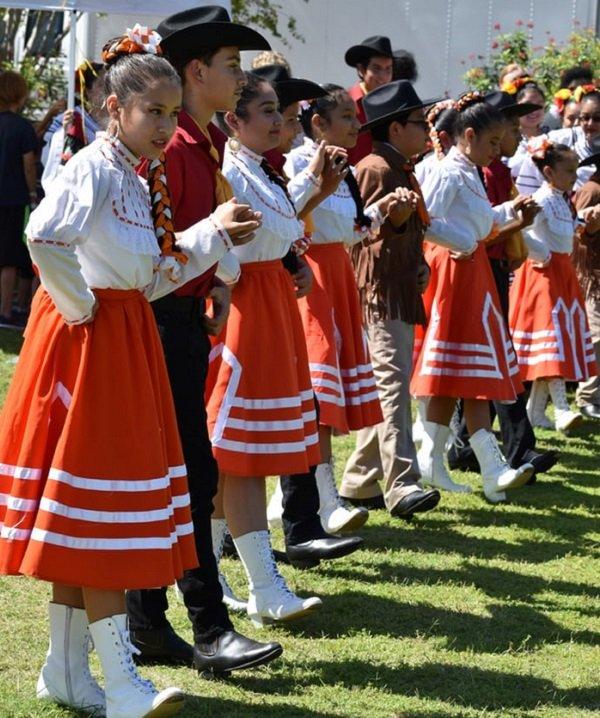 mexico dancers