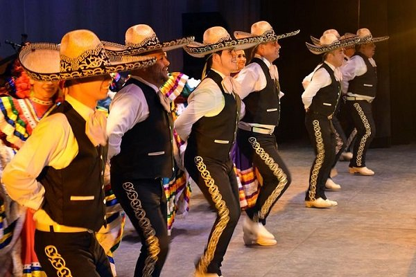 The Story of Mariachis