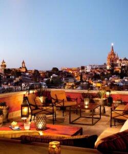 rooftop-bars-AD-Luna-Tapa-Bar-San-Miguel-de-Allende-Mexico-2